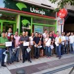 Tirados por el suelo en Puertollano: Una treintena de afectados reclaman la supresión de la cláusula suelo de Unicaja