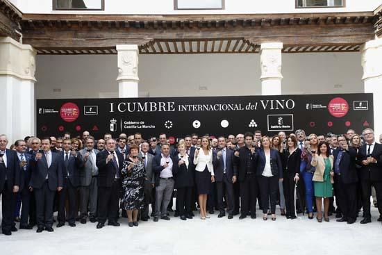 Cospedal presenta la I Cumbre Internacional del Vino-