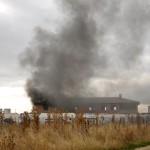 Ciudad Real: Los bomberos apagan un incendio en la proximidades del Campus Universitario