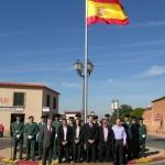 Villanueva de los Infantes rinde homenaje a la bandera en el día de la Fiesta Nacional