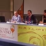 El periodista José Luis Murcia asegura que los jóvenes se están acercando al mundo del vino y eso ayudará  a revertir la situación de bajo consumo