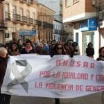 """Más de cien personas se unen contra la Violencia de Género en el """"Recorrido hacia la Igualdad"""" de Daimiel"""