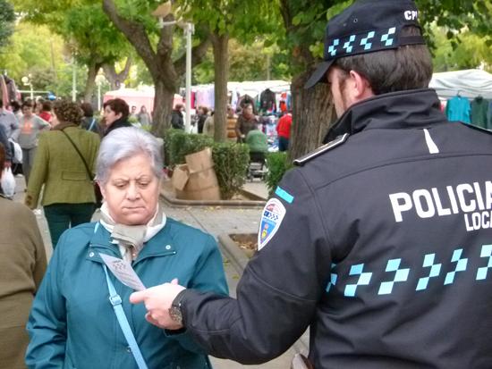 manzanares-campaña-mercadillo-policia-local
