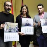 La alcaldesa de Ciudad Real presenta el calendario solidario de la Asociación de Padres y Amigos del Sordo