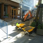 Los molestos retortijones de la Plaza de Cervantes de Ciudad Real: una nueva rotura deja sin agua a la zona
