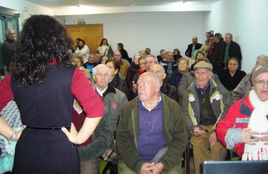 Pilar Zamora en un acto con ciudadanos en Alcolea de Calatrava