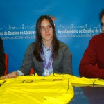 El Ayuntamiento de Bolaños recibe entre felicitaciones a la futbolista Elena de Toro