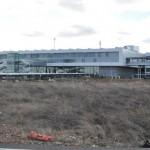 «No habrá vuelos nocturnos ni reactores sobre colegios»: El mejor postor del Aeropuerto de Ciudad Real dice que no será una base militar