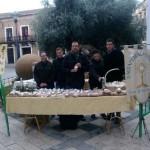 La venta de dulces solidarios a beneficio de Cáritas recauda 700 euros en Daimiel