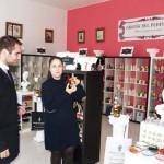 Holy Rituals, especializada en productos esotéricos, abre en Tomelloso sus líneas de negocio dedicadas al diseño de perfumes y bisutería