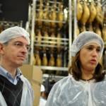 Rosa Romero asegura que Ciudad Real es el «motor» de la provincia en una visita a las instalaciones de Nico Jamones