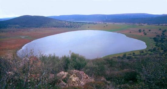 Una de las lagunas de origen volcánico de la provincia de Ciudad Real