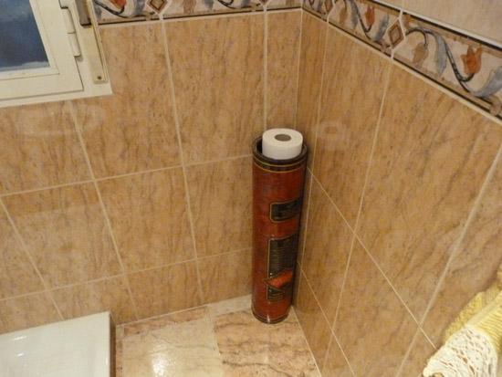 lata envases aceite recoge papel higiénico