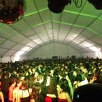 Manzanares: La juventud responde un año más a la fiesta de Nochevieja en la carpa