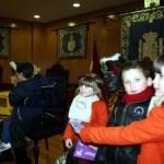 Villarrubia de los Ojos: Los carteros reales recogen cientos de cartas de los niños villarrubieros en el Ayuntamiento