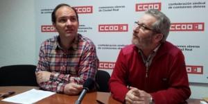 Muñoz (izq) y Jiménez, durante el encuentro con informadores