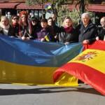 Un largo abrazo de Ciudad Real a Kiev: CREAN y los ucranianos vecinos de la capital se concentran en la Plaza del Pilar