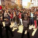 Cargas policiales, un detenido y el alcalde escoltado en las protestas contra la privatización de Aguas de Alcázar