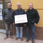 La Peña Equina 'Rocinante' entrega un cheque de 200 euros a Cruz Roja Daimiel