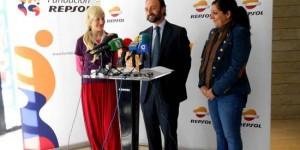 Roberto Cabrera junto a Ana Torres y Ana Moralo