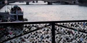 Candados decorando el Pont des Arts