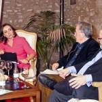 Pepa Bueno y José María Izquierdo defienden un periodismo de calidad por el que merezca la pena pagar