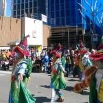 Ciudad Real: Los conductores encerrados no se pierden el desfile del Domingo de Piñata
