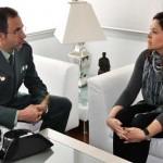 La alcaldesa de Ciudad Real despide al comandante de la Guardia Civil de Ciudad Real, trasladado a Albacete