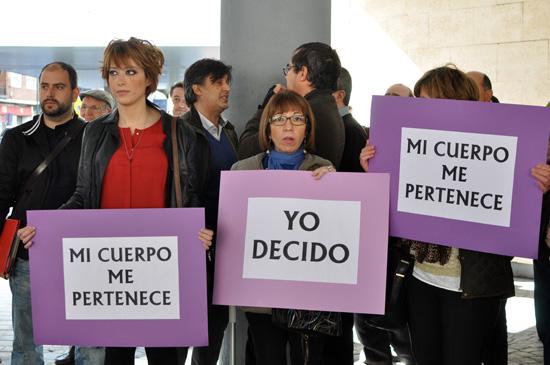 ccoo-ugt-dia-de-la-mujer-01