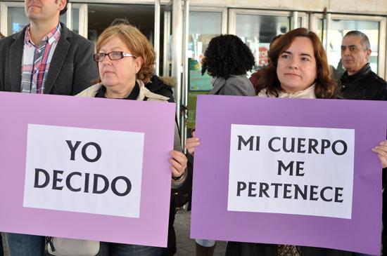ccoo-ugt-dia-de-la-mujer-02