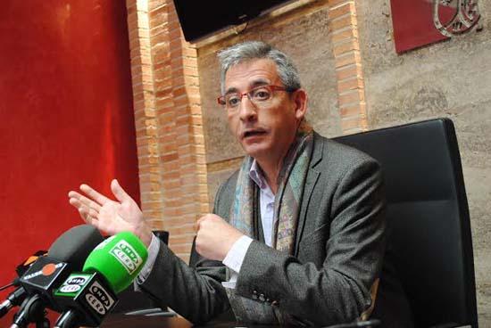 El ayuntamiento de valdepe as defender a 166 familias for Hipotecas afectadas por el suelo