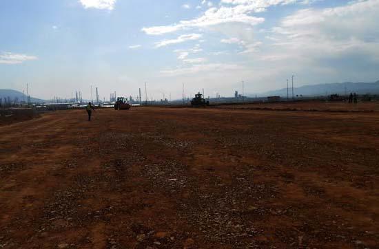 Imagen de los terrenos donde se va a construir el hipermercado