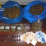 La Guardia Civil se incauta de más de 2 kilos de marihuana en la autovía de Andalucía