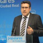 Miguel Ángel Rodríguez (PP) ve en el PSOE al mayor enemigo de campo, por encima de las plagas y la sequía