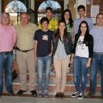 El duque de Westminster paga estudios de inglés a seis jóvenes de Almodóvar del Campo