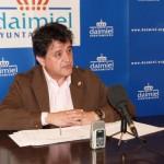 El alcalde de Daimiel valora la reducción de deuda conseguida en 2013 a pesar de la caída de ingresos