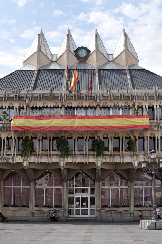 banderas-proclamacion-felipe-08