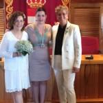 La alcaldesa de Puertollano casa a dos lesbianas: «La sociedad debe reconocer la importancia de quienes viven el amor a su manera»