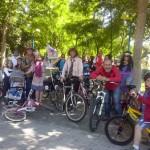 Ciudad Real: Camino de la Guija comienza sus fiestas pedaleando al estilo hippie