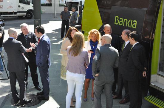 Ciudad real bankia presenta ofibus un servicio para for Bankia oficina movil