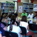 """La biblioteca de Villarrubia de los Ojos acogió la presentación de la revista """"Cuaderno Escuelas de Padres y Madres"""""""