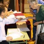El Ayuntamiento de Miguelturra entrega cheques a más de doscientos de los afectados por la quiebra de la Cooperativa Tierra de Calatrava