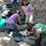 La campaña de excavaciones arqueológicas en la necrópolis del yacimiento de Alarcos se salda con el descubrimiento de ocho nuevas tumbas