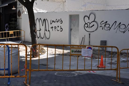 plaza-cervantes-baldosas-01