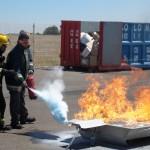 Un simulacro de incendio en el Hospital de Tomelloso enseña a los profesionales cómo actuar ante una emergencia