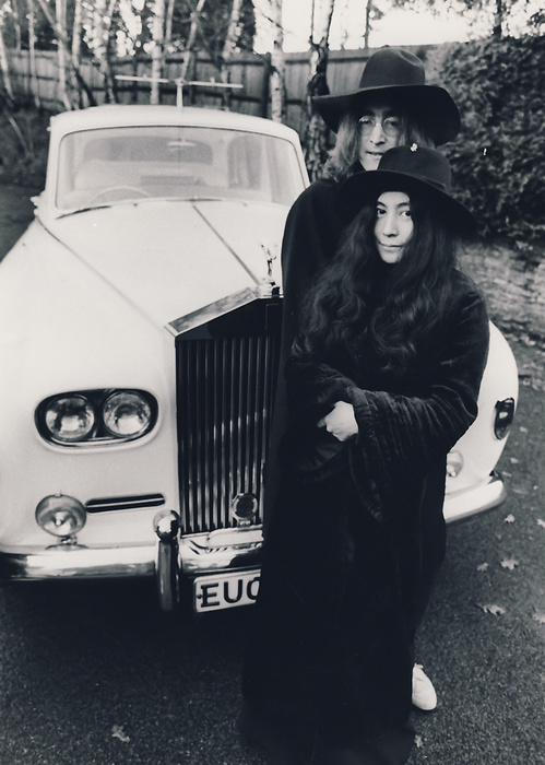 14_Rolls & Yoko