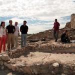 El director general de Cultura, Javier Morales, visita los nuevos trabajos de investigación arqueológica de Calatrava La Vieja