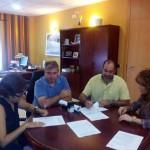 El Ayuntamiento de Herencia renueva sus convenios con Cáritas y Cruz Roja para ayudar a familias en situación de emergencia social