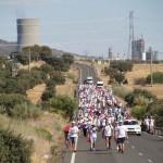 Puertollano: «Los 300» de Elcogas son recibidos como héroes por 3.000 puertollaneros al redoble de tambores de huelga general