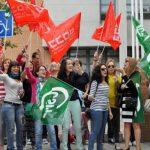 Ciudad Real: Familiares de usuarios del Residencial Guadiana II se unen a las protestas por el recorte de personal en el turno de noche